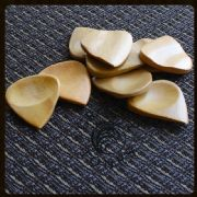 Groovy Tones - Haldu - 1 Guitar Pick | Timber Tones